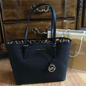 $248 Michael Kors Jet Set Handbag MK Bag